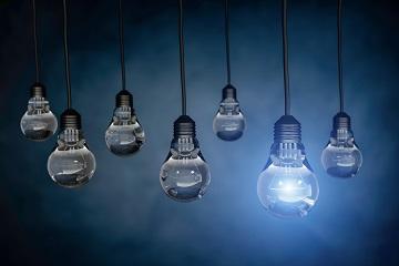 """""""Lightbulbs image"""